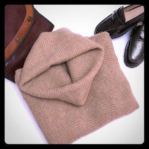 VINCE Sz S Cowl Neck Sweater